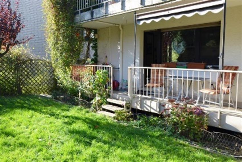 PREVIEW! 4 Zimmer Wohnung mit Garten, 2 Balkonen und ...