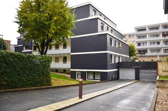 erkrath notarvertrag unterschrieben immobilienmakler immobilien stahl w lfrath. Black Bedroom Furniture Sets. Home Design Ideas