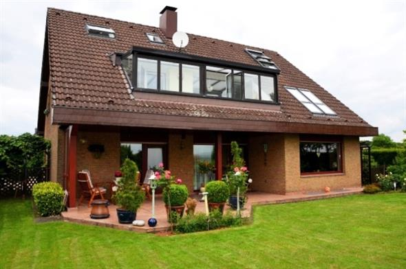 NEU Freistehendes Ein Zweifamilienhaus in Wülfrath